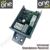 Universal standalone receiver capable of learning multiple frequencies and brands
